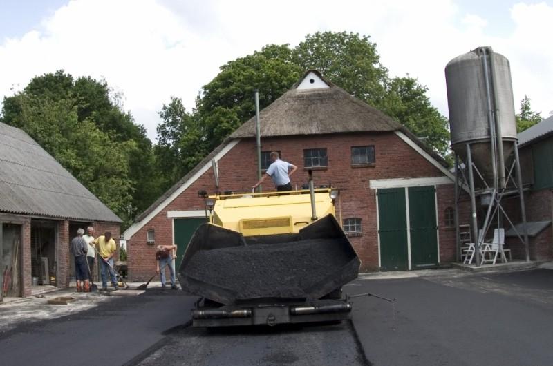 asfalt erfverharding