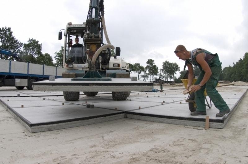 -Broekema-Wegenbouw-Betonplaten